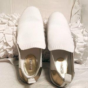 Unique White & Gold Michael Kors Skyler Slip Ons😍